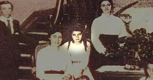 Madeleine Truel Larrabure, de niña, en una foto familar.