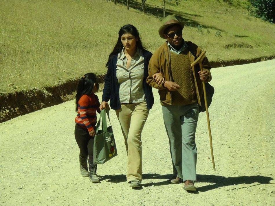 El viaje macho - Magaly Solier y Amiel Cayo