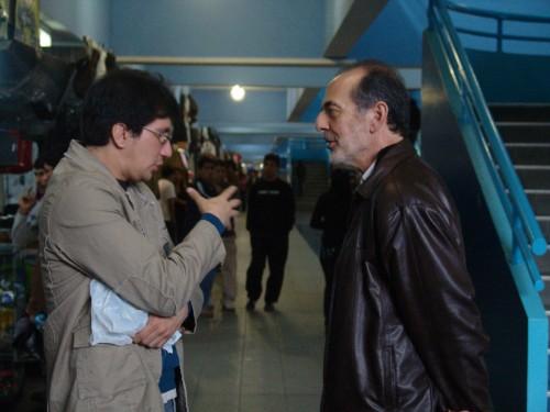 Hector Soto conversando con Paco Bardale en Polvos Azules