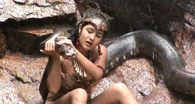 Mayella Lloclla en Reshinn Sangre de anaconda