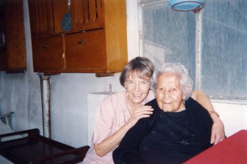 Nora de Izcue y Sra. Graciela Soriano de Calvo