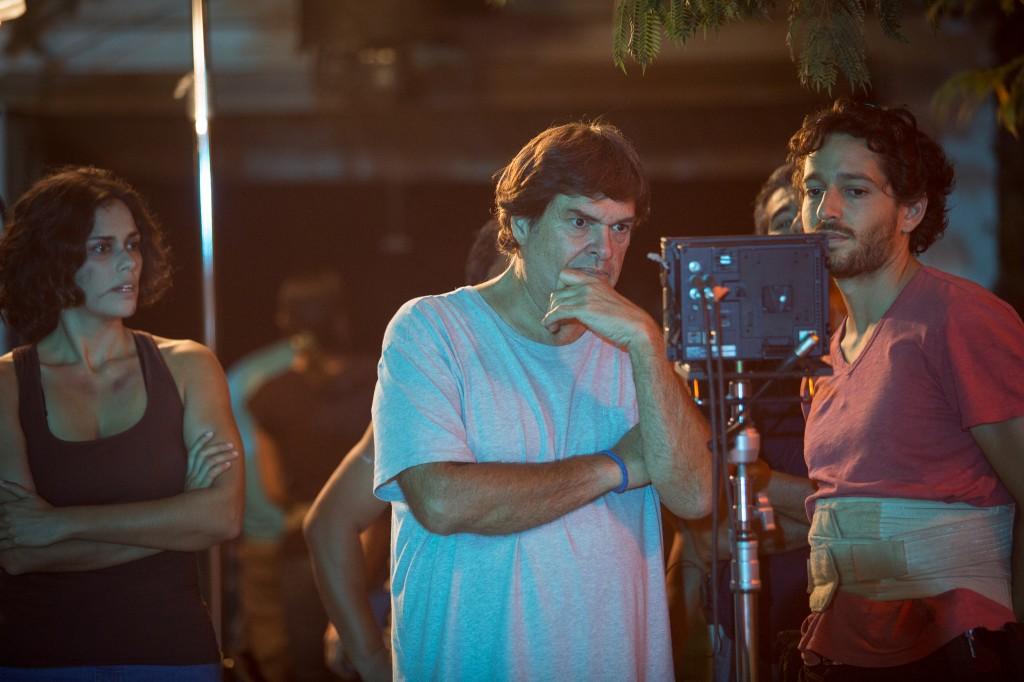 Fiorella Díaz, junto a Daniel Rodriguez (centro) y el director de fotografía Julian.