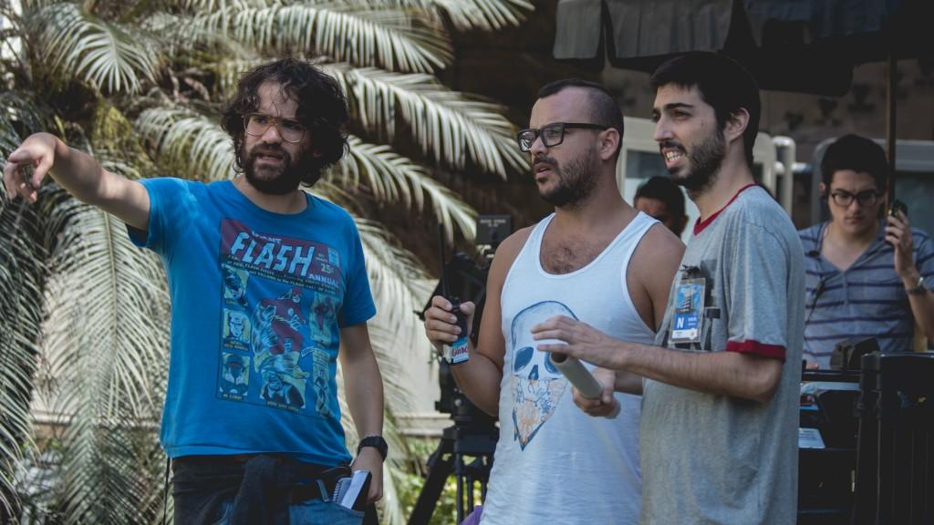 Gonzalo Ladines, director; Guido Merea, asistente de dirección, y Manuel Gold, protagonista de 'Como en el cine'.